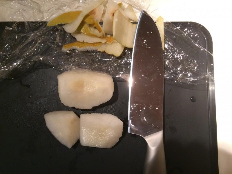 梨の皮むき